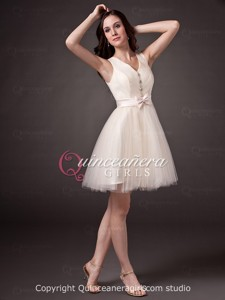 Cute Champagne Puffy Crystal V-Neck Tulle Short Quinceanera Dress